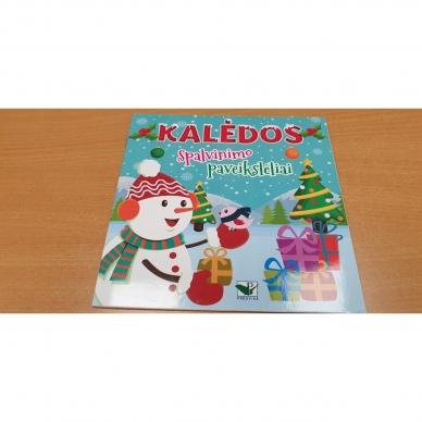 Kalėdinis rinkinys. 2 spalvinimo knygelės, užduotėlių knygelė, 250 lipdukų knygelė ir 6 spalvoti pieštukai (RAUDONAS) 4