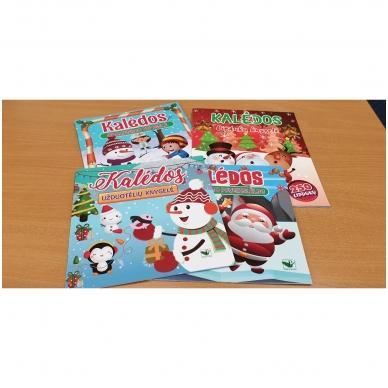 Kalėdos. Knygelių rinkinys. 2 spalvinimo knygelės, užduotėlių knygelė, 250 lipdukų knygelė ir 6 spalvoti pieštukai (2019) 3