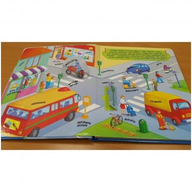 Knyga su atvartėliais. Transportas 2