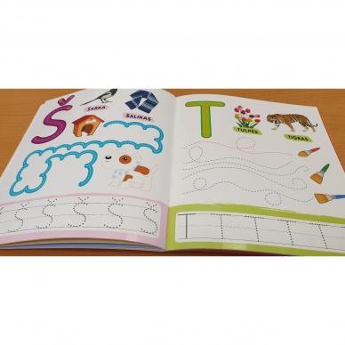 Rašau raides. 4-5 metų vaikams. Nutrynęs vėl rašyk. Su flomasteriu 4