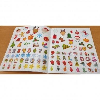 Švęskime Kalėdas! 5-6 metų vaikams. 4 knygelės (3 užduočių ir 1 lipdukų), 250 lipdukų, 6 spalvoti pieštukai, 3 kalėdiniai žaisliukai 11