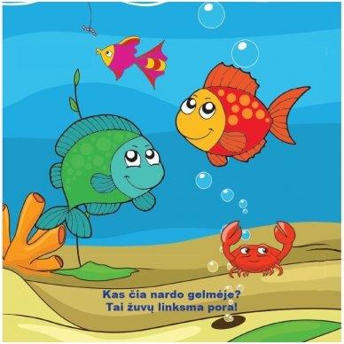Maudynių (vonios) knygelė. Kas čia plaukia? Nuspalvink vandeniu! 4