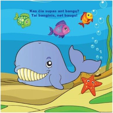 Maudynių (vonios) knygelė. Kas čia plaukia? Nuspalvink vandeniu! 5