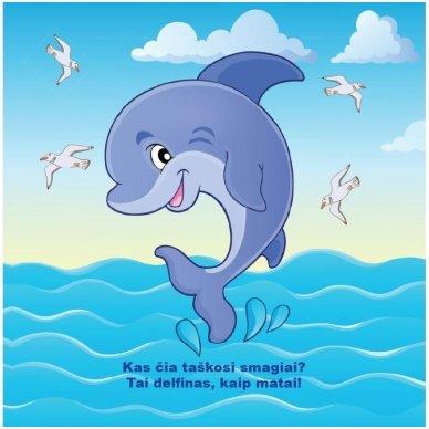 Maudynių knygelė. Kas čia plaukia? Nuspalvink vandeniu! 7